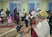 «Шляпная вечеринка»